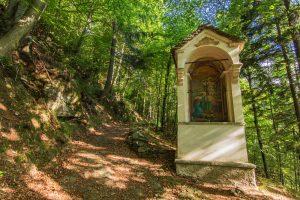 Cravegna sentiero Via Crucis per Salera - Fior d'Acqua 2017 - ph. Marco Cerini